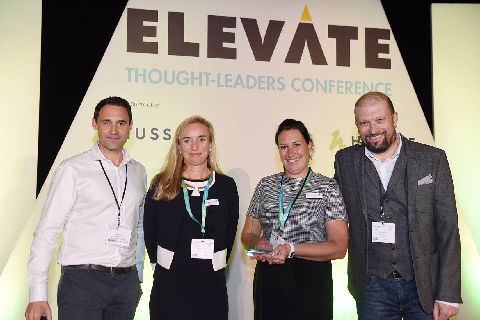 Dr Natasha Jones and Dr Hamish Reid receive Best Health Innovation Award at Elevate 2019
